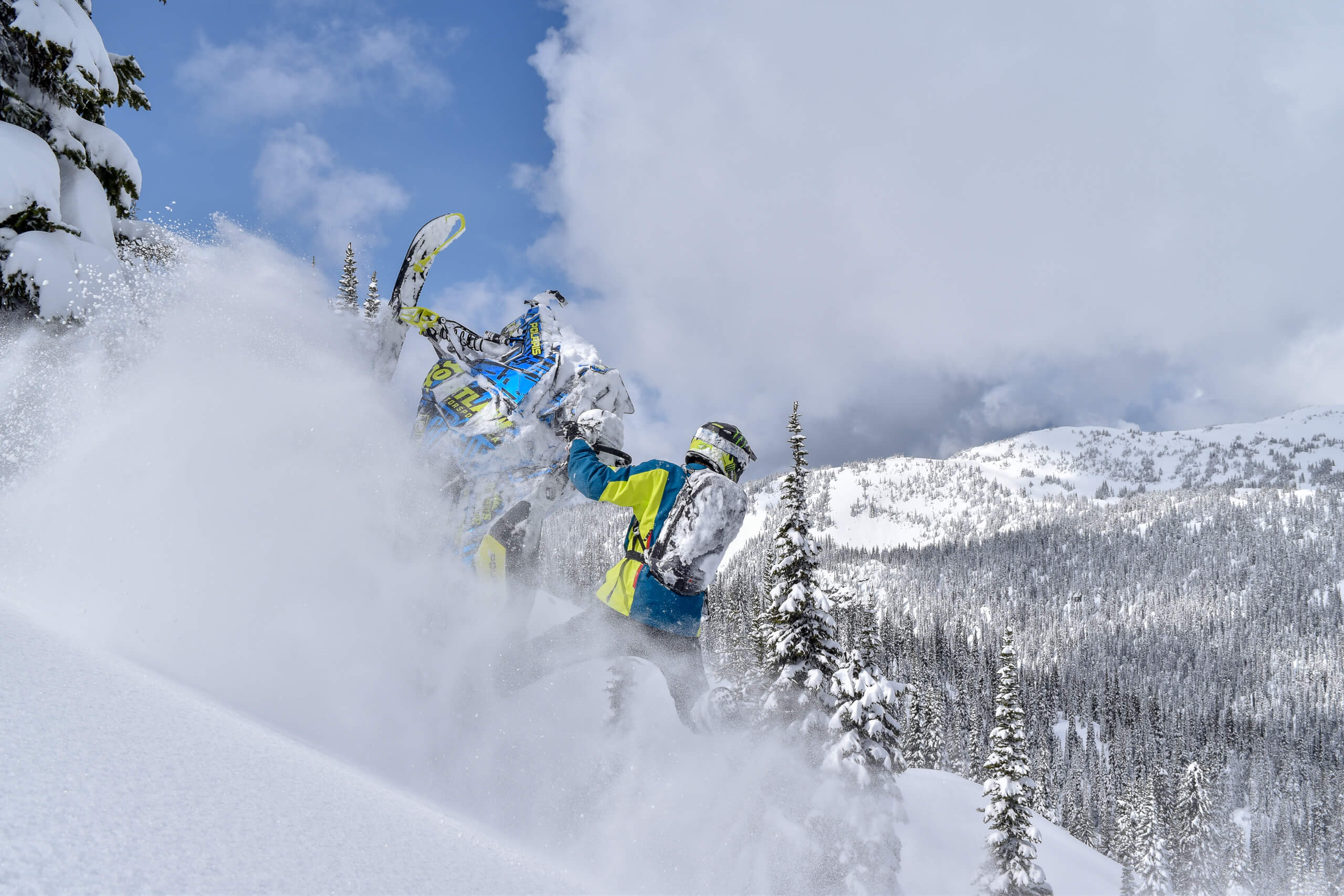 grizzly-lodge-snowmobile-riding-clinics